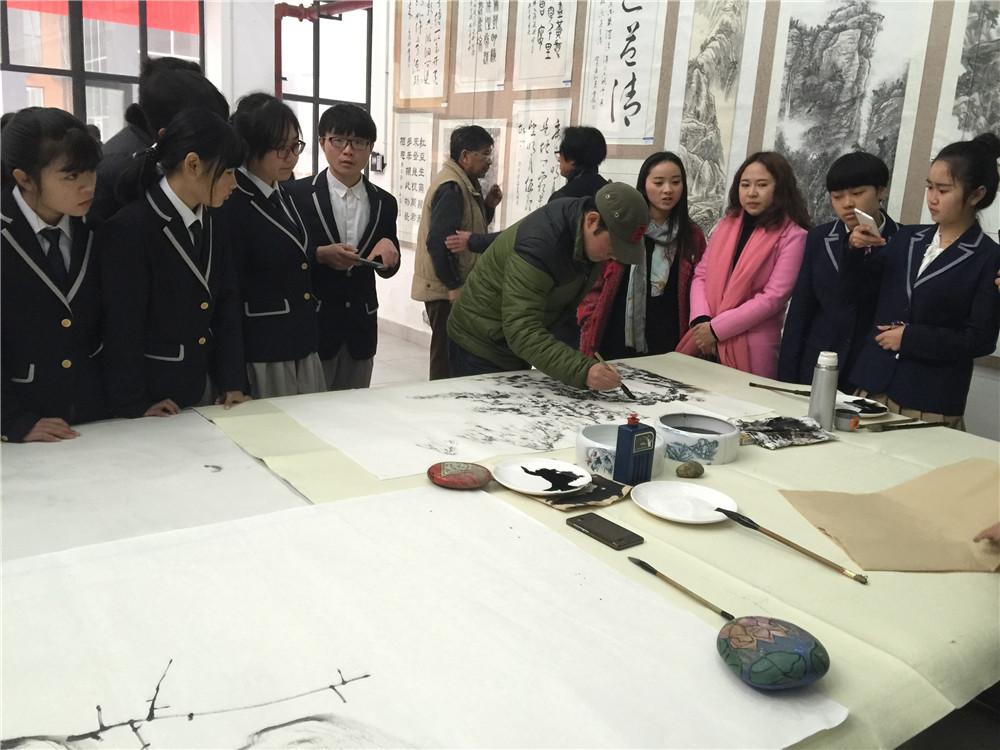 """书画艺术进校园-北京南北书画院举办""""雅风燎原""""书画展"""