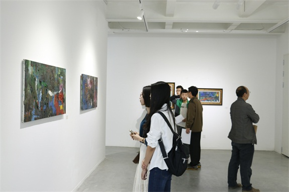 郝文杰抽象绘画学术成果展在四川大学美术馆开幕