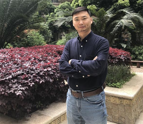 四川民族學院書法研究所所長彭貴軍做書法專題學術講座